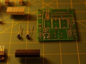 PCB y microcontrolador