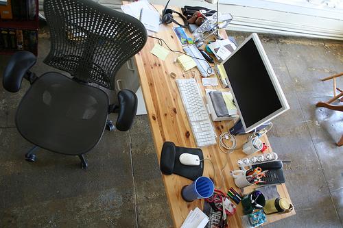Mesa de trabajo ordenador